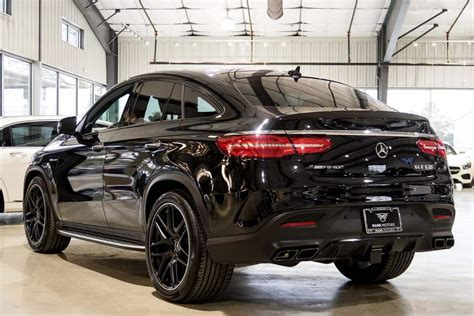 From the outside, the heavily contoured power dome design hints at the immense power delivery. 2018 mercedes benz amg gle 63, ALQURUMRESORT.COM