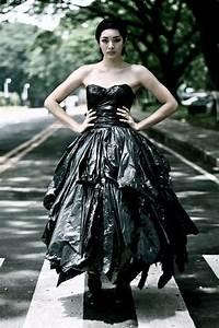 Trash bag dress | Trash Bag and Paper Glam | Pinterest ...