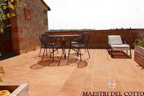 pavimenti per terrazze materiali per pavimenti per esterni resistono al gelo