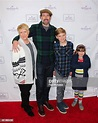 Actor Jason Lee and his family attend the red carpet ...