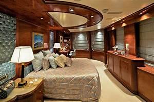Master Stateroom Aboard Luxury Yacht O39MEGA Luxury Yacht