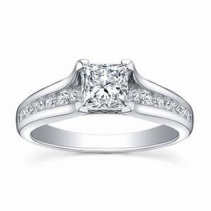 White gold engagement rings what you should know about for Wedding rings in white gold