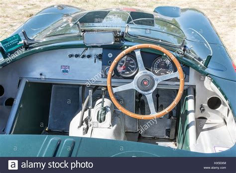 1950s Car Dashboard Stock Photos & 1950s Car Dashboard