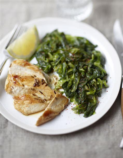 image recette de cuisine mâche sautée et poulet anisé pour 4 personnes recettes à table