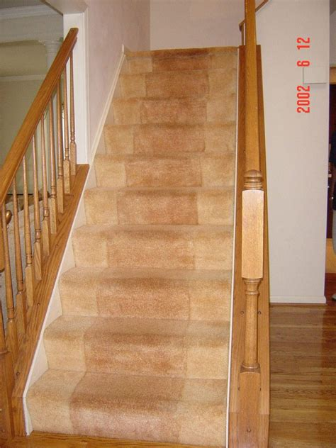 installing  carpet runner  stairs home decorations