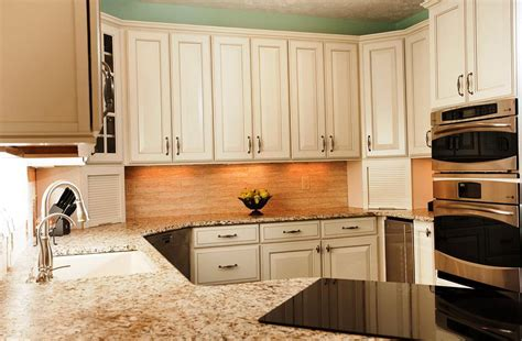 most popular color for kitchen cabinets popular kitchen cabinet colors 2018 home design ideas 9782