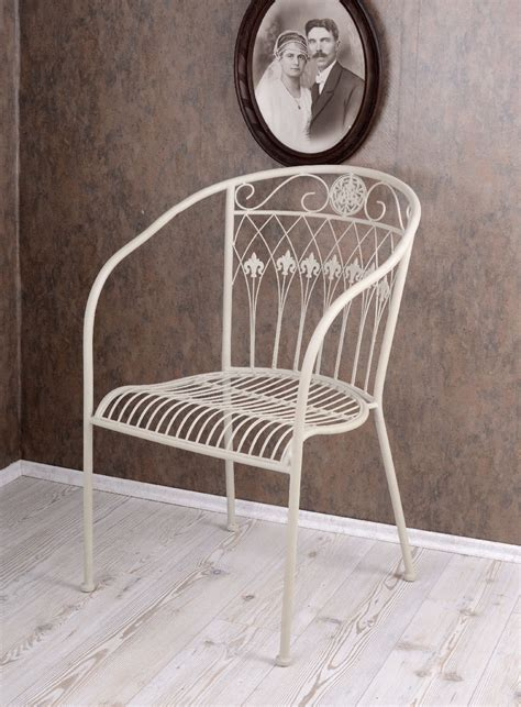 chaise cagne chic chaise de jardin shabby chic fauteuil blanc vintage chaise