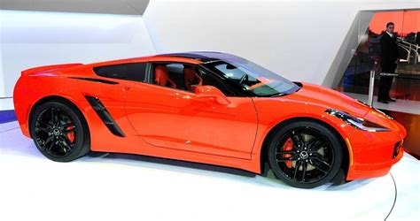 "Wait, What? Corvette Head Honcho Says ""no Midengine Vette"