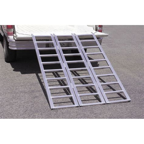 lbs capacity tri fold aluminum loading ramp