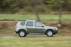 Dacia Duster Motorisation : dacia duster 2015 deux nouveaux moteurs euro 6 dans la gamme photo 2 l 39 argus ~ Medecine-chirurgie-esthetiques.com Avis de Voitures