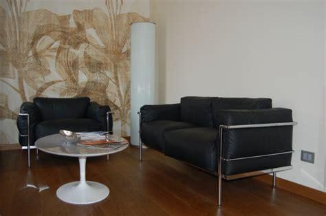 Divano 2 Posti Le Corbusier : Le Corbusier Lc2 3 Seat Sofa