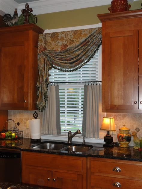 kitchen window coverings ideas cheap kitchen window treatment ideas home intuitive