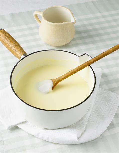 vin blanc pour cuisine sauce au vin blanc pour 6 personnes recettes à table