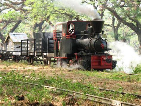 Cepu Forest Railway - Wikipedia