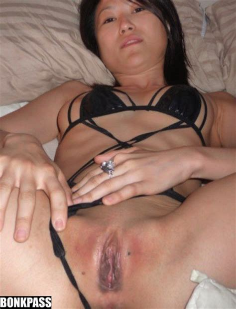 Slightly Mature China Girl Spreading Her Hairy Pussy