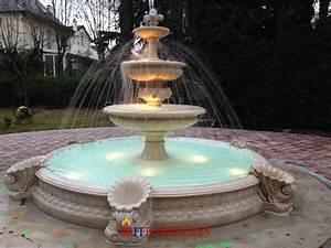 Fontaine De Jardin Jardiland : fontaine rond en pierre reconstituee napolitano aux jets d ~ Melissatoandfro.com Idées de Décoration