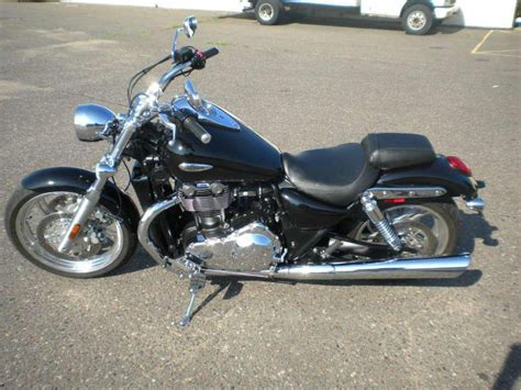2010 Triumph Thunderbird Cruiser For Sale On 2040motos