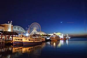 UFO-Dimensional Portal captured over Chicago - Sep 18, 2014  Chicago