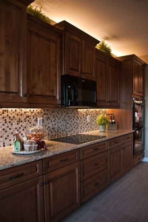 best under cabinet lighting 2017 kitchen cabinet lighting options