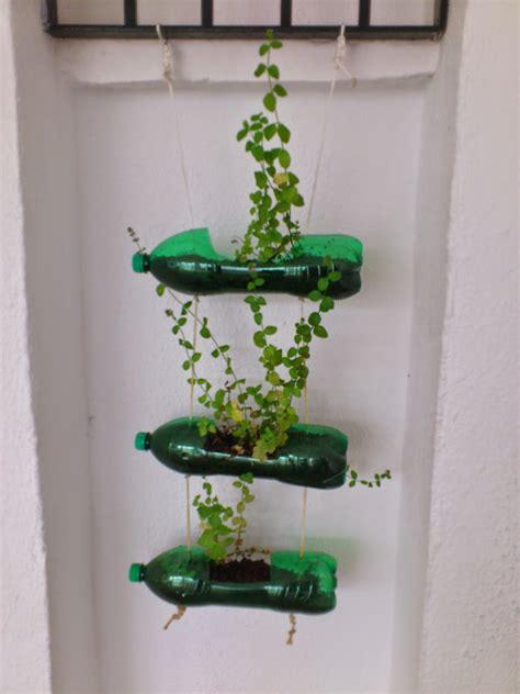 Reciclatex Reciclar Botellas De Plástico En Unas Macetas