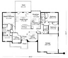 one level floor plans house plan 98618 at familyhomeplans com