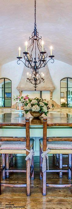 country kitchen chandelier 17 best ideas about country chandelier on 3603