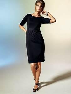 robe classique et chic With robe noire classique