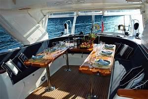 Yacht De Luxe Interieur : image libre yacht eau vague voilier bateau int rieur luxe ~ Dallasstarsshop.com Idées de Décoration