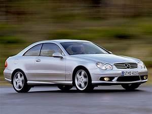 Mercedes 55 Amg : 2002 mercedes benz clk 55 amg review ~ Medecine-chirurgie-esthetiques.com Avis de Voitures