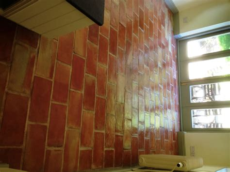 Brick Kitchen Floor Uk by Tile Cleaning Cleaning And Polishing Tips For