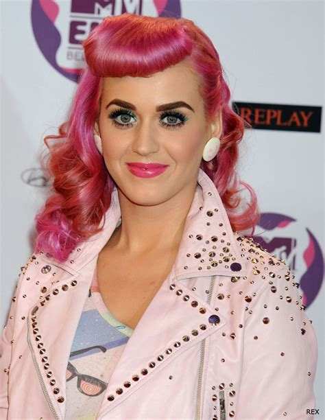 Celebrity Hairstyles: Katy Perry Pink Hairstyle, katy
