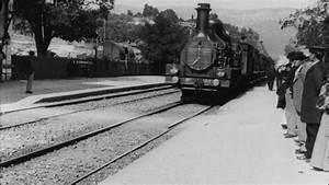 Train à L Arrivée : l 39 arriv e d 39 un train la ciotat louis lumi re 1896 youtube ~ Medecine-chirurgie-esthetiques.com Avis de Voitures