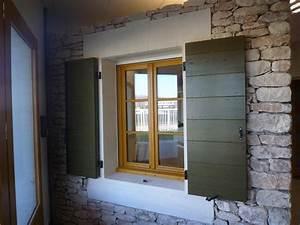 Porte Fenetre Bois 2 Vantaux : fen tre 2 vantaux bois avec petits bois aimant s volet proven al les portes du luberon ~ Dode.kayakingforconservation.com Idées de Décoration