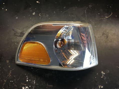 p jewel turn signalcorner light  passenger side