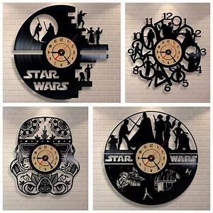 Star Wars Wanduhr : online kaufen gro handel kreative wanduhren aus china kreative wanduhren gro h ndler ~ Frokenaadalensverden.com Haus und Dekorationen