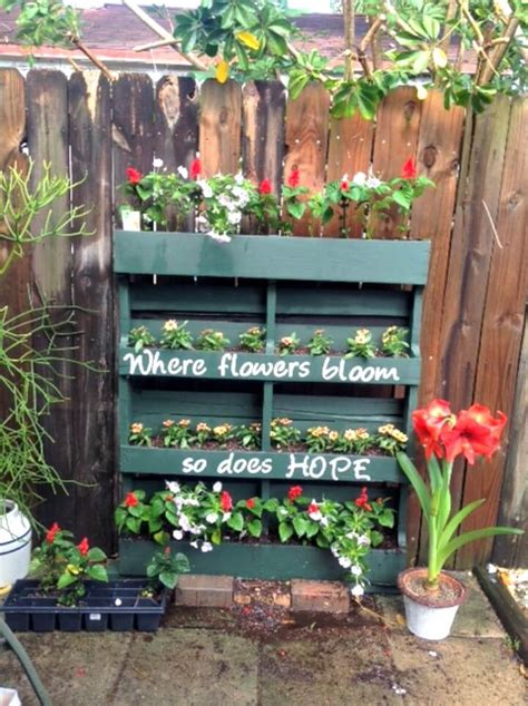 How To Make Your Own Vertical Garden by 30 Diy Pallet Garden Projects To Update Your Gardens Diy