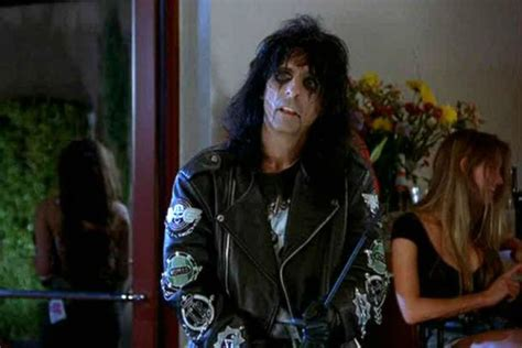 We're Not Worthy! Alice Cooper To Introduce Wayne's World