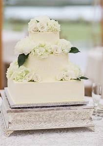 Best 25+ Square shaped wedding cakes ideas on Pinterest ...