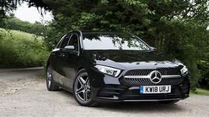 Mercedes Classe A 2018 : mercedes a class 2018 review small car big tech alphr ~ Medecine-chirurgie-esthetiques.com Avis de Voitures