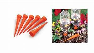 Distributeur D Eau Pour Plante : 6 gadgets pour le jardinage ~ Dode.kayakingforconservation.com Idées de Décoration
