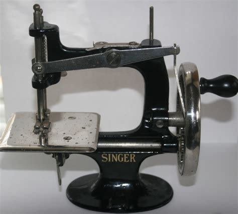 Image result for hand crank sewing machines