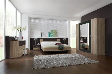 chambre noir et blanc design chambre parentale marron
