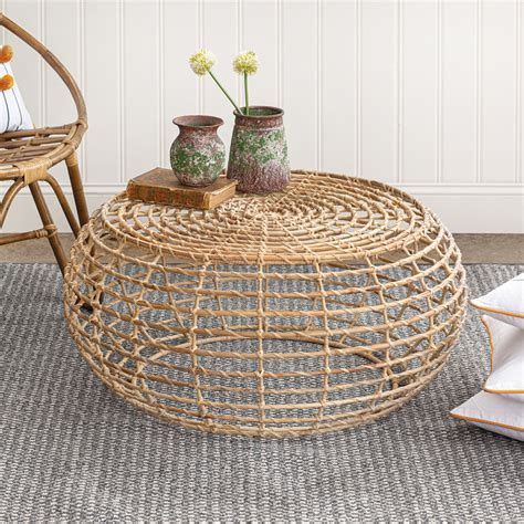 I have been wanting to build a round coffee table for a while, i just wasn't sure about the design. Rattan Round Coffee Table