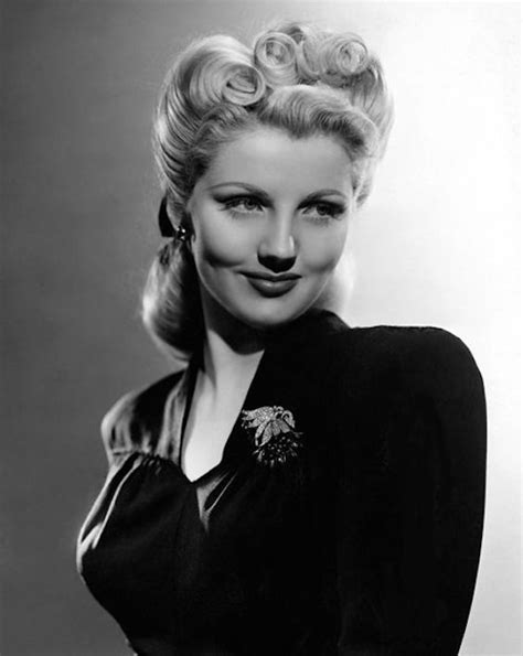 1940s Hairstyles by 1940s Hairstyles For Womens To Try This Year Feed