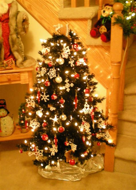 christmas tree decorated whith words 301 moved permanently