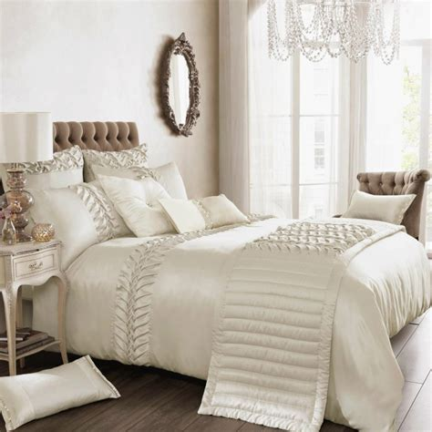 white bedspread with ruffles 39 s luxury bedding summer 2013 collection