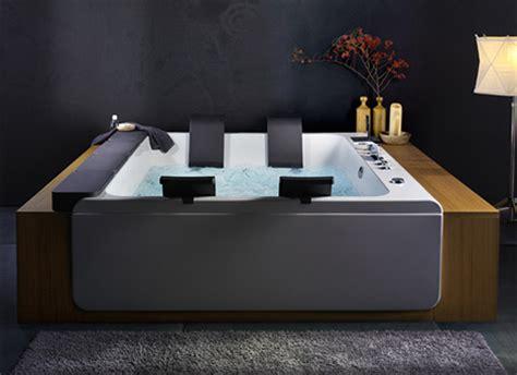 Large Whirlpool Tub by Blebleu Large Whirlpool Bathing Tub By