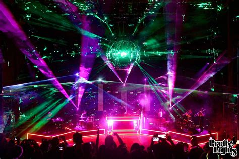 pretty lights rocks live band this song is sick