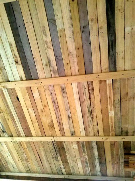 Upcycled Wood Pallet Roof