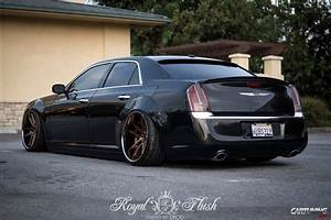 Chrysler 300 C : stance chrysler 300c cartuning best car tuning photos from all the world ~ Medecine-chirurgie-esthetiques.com Avis de Voitures